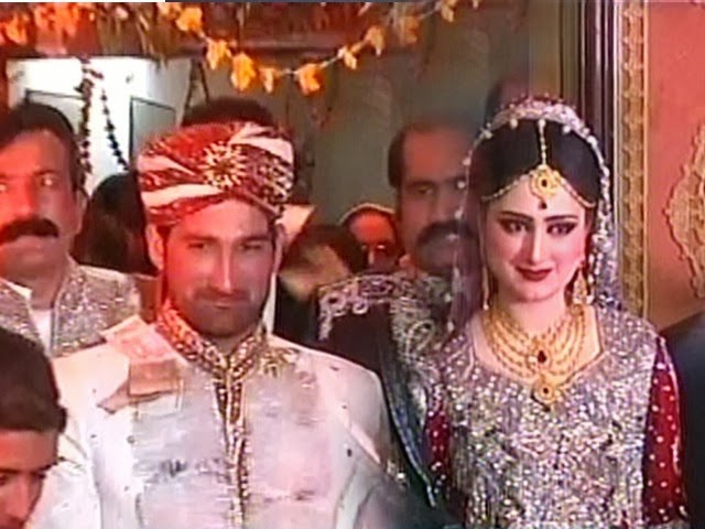 Pakistani Cricketer Sohail Tanveer Got Married with Komal