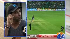 Wasim Akram gets angry on Pakistani Fans