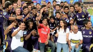 Shahrukh celebrates after KKR IPL 7 win