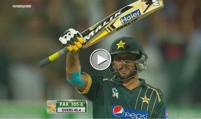 Shahid Afridi 55 Runs in just 26 balls v NZ, 3rd ODI in Sharjah