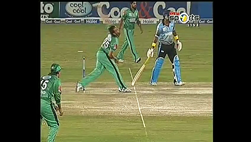 Muhammad Aamir takes 3 wickets in T20 cup return